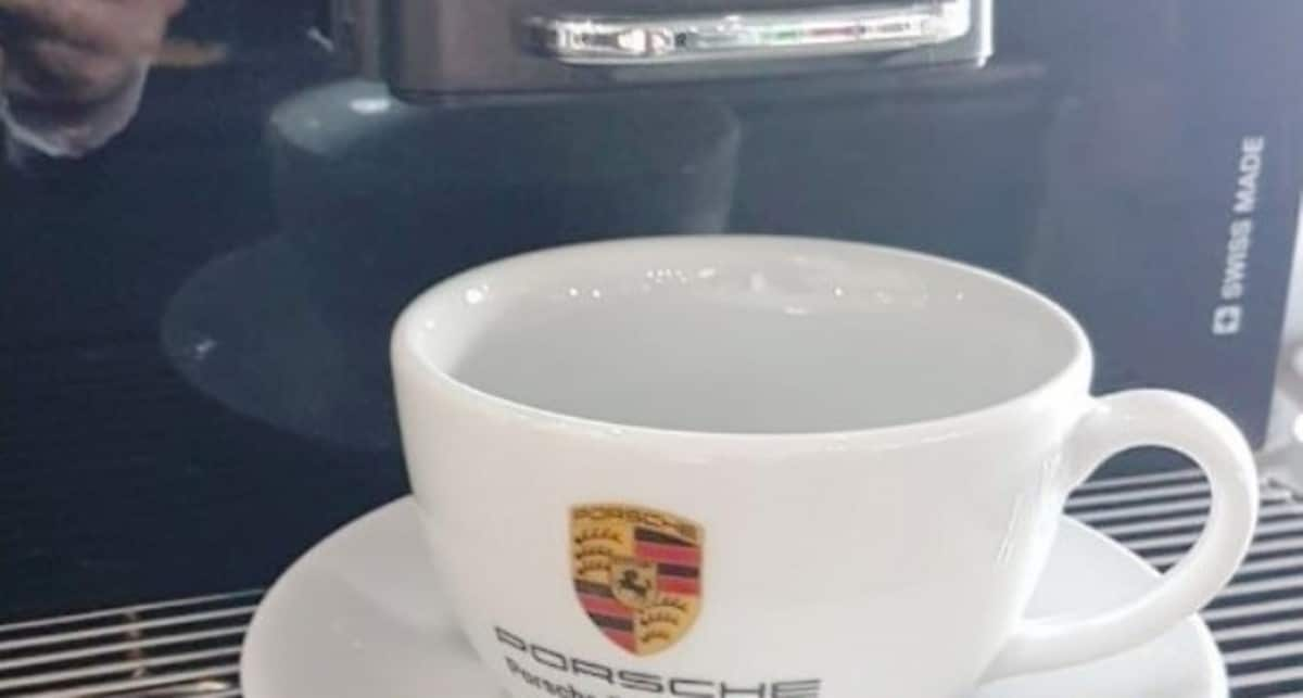 Coffee Machine For Car Showrooms